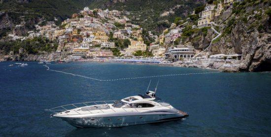 boat-tour-positano